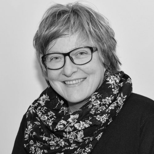 Dr. Martina Metz